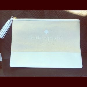 ♠️Kate Spade♠️ large makeup/accessory pouch NWT